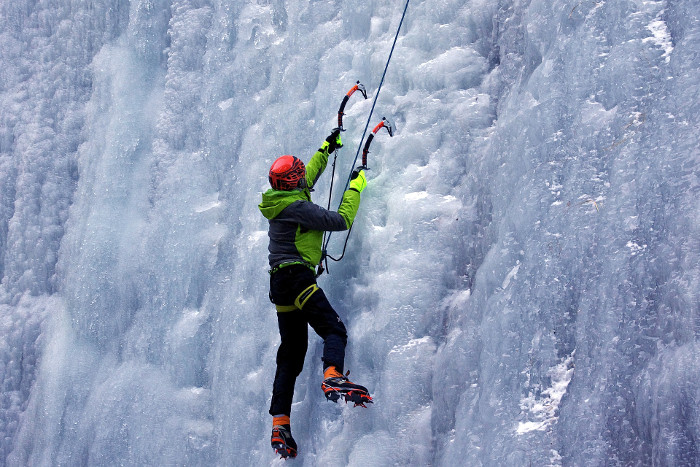 Jakob writes - Beginner's Guide to Rock Climbing - ice climbing